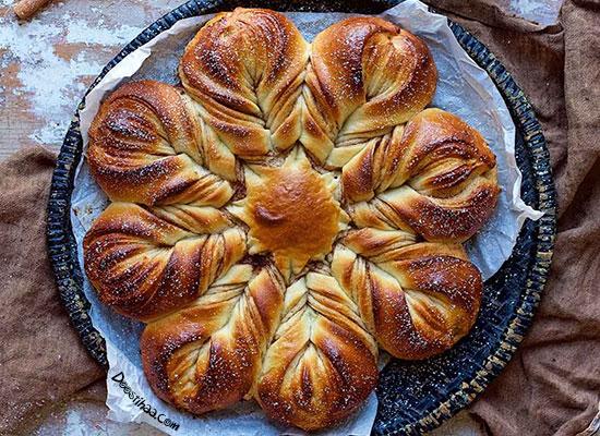 طرز تهیه نان دارچین و گردو