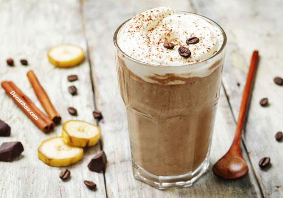 طرز تهیه اسموتی قهوه و موز
